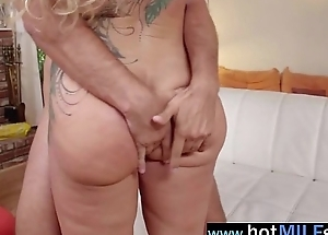 (ryan conner) Mature Lady Ride Unaffected by Camera Huge Monster Cock mov-25