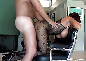 Fucking Wifey'_s Sister Before She Swallows Jizz