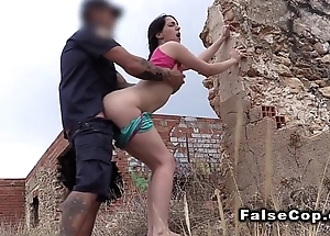 Fake bobby bangs big ass babe in arms outdoor