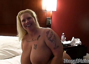 Prolapse Pussy Cuckold Likes Squirting &amp_ Anal