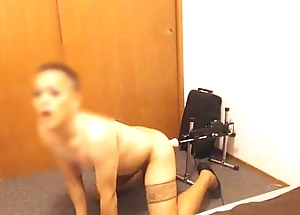 Sissy Crossdresser Fucked by a Sex Machine