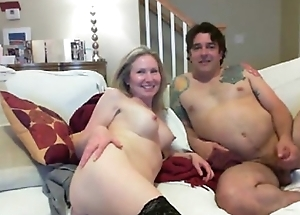 Sexy amateur couple on high cam - HornySlutCams.com