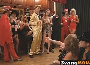 swingraw-12-1-16-playboytv-swing-season-1-ep-2-daniel-and-amanda-1-2